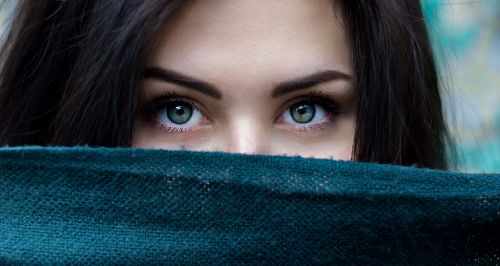 woman mask image